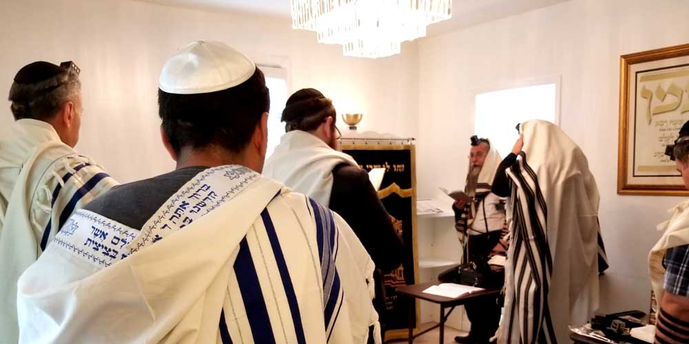 Bet Knesset Minyan